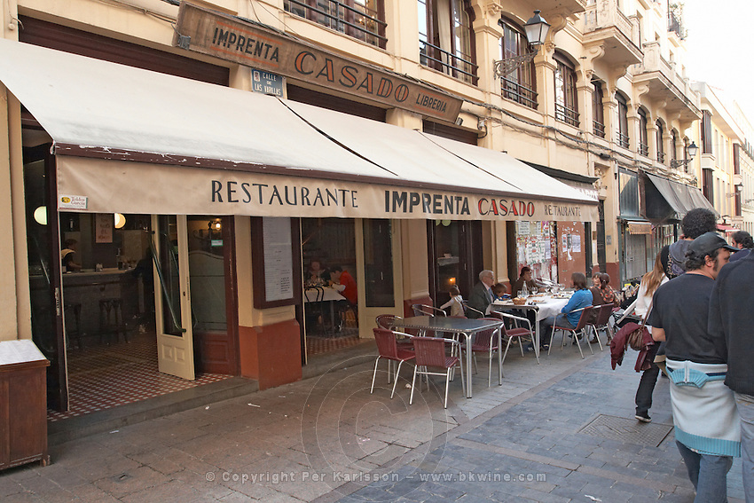 restaurant terrace , restaurant Imprenta Casado , Leon spain castile and leon