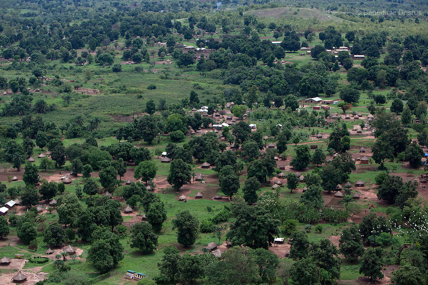 7 may 2010 - Western Equatoria, South Sudan - Aerial View of Maridi, South Sudan. Photo credit: Benedicte Desrus
