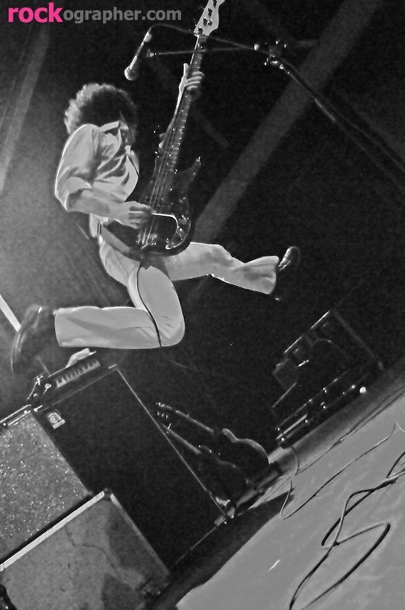 Tom Pappas from Power Pop band Superdrag leaps through the air at Terminal 5 , NYC