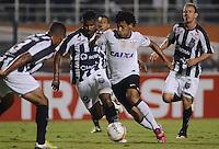 SAO PAULO SP, 16  MARCO 2013 - Paulistao 2013 - CORINTHIANS X UNIAO BARBARENSE  -  Lance   com Romarinhov durante partida valida pelo campeonato paulista de 2013 no Estadio do Pacaembu em Sao Paulo, neste sabado, 16. (FOTO: ALAN MORICI / BRAZIL PHOTO PRESS).