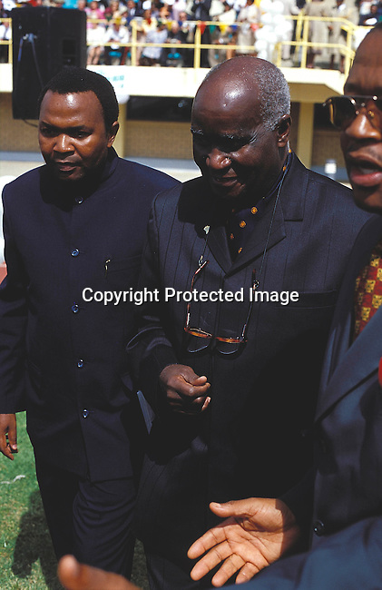 EVROYWE06018.Events. Royal Wedding. Lesotho. Maseru. Kenneth Kaunda, former president of Zambia at wedding, crowd in the background.  He reigned on a throne of terror, he commited genocide on his own people. .©Per-Anders Pettersson / iAfrika Photos