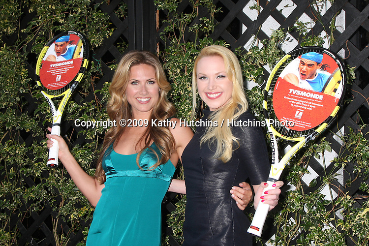Vail Bloom & Adrienne Frantz arriving at the TV5Monde USA & the Tennis Channel Celebrates the 2009 French Open at Beso  in  Los Angeles, CA on May 26, 2009 .©2009 Kathy Hutchins / Hutchins Photo..