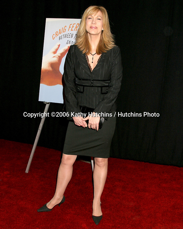"Leeza Gibbons.Craig Ferguson Book Release Party .""Between the Bridge and the River"".Tropicana Bar at the Roosevelt Hotel.Los Angeles, CA.April 10, 2006.©2006 Kathy Hutchins / Hutchins Photo...."