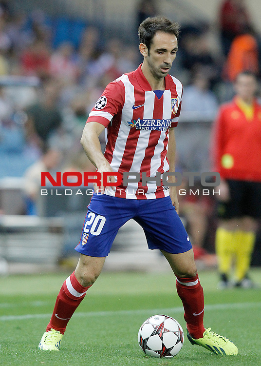 Atletico de Madrid's Juanfran Torres during Champions League 2013/2014 match.September 18,2013. Foto © nph / Acero)