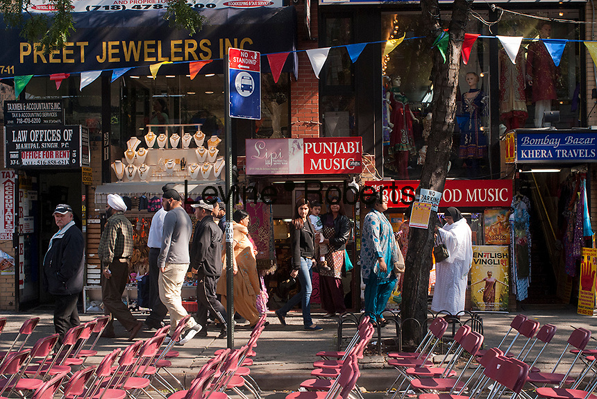 Jackson Heights neighborhood in Queens in New York on Sunday, October 14, 2012. The Jackson Heights neighborhood is home to a mosaic of ethnic groups beside Indians which include Pakistanis, Tibetans, Southeast Asian and long-time Jewish and Italian residents.  (© Richard B. Levine)