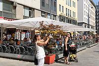 Caf&eacute; am Stephansplatz, Wien, &Ouml;sterreich<br /> Caf&eacute; at Stephansplatz, Vienna, Austria