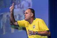 SAO PAULO, 01 DE SETEMBRO DE 2012. FORUM NACIONAL DE ESPORTES. O ex jogador de basquete Oscar Schmidt durante o Forum Nacional do Esporte organizado pelo Lide, grupo de lideres empresariais,  que aconteceu no WTC, na zona sul de Sao paulo,  na manhã dete sabado. FOTO ADRIANA SPACA - BRAZIL PHOTO PRESS.