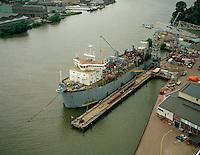 Juli 1994. Trailing Suction Hopper Dredger Pearl River van DEME.