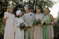 Ketchum, Idaho, U.S.A, August, 5th, 1989. Jack Hemingway posing after his second wedding. From left to right: Mariel Hemingway, Angela Holvey, Jack Hemingway, Muffet Hemingway and Margaux Hemingway.
