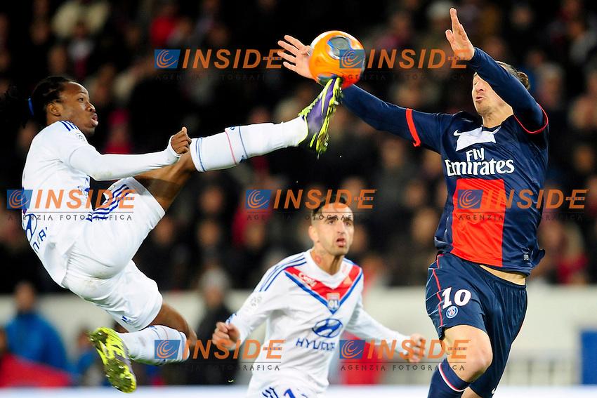 Zlatan Ibrahimovic (PSG) VS  Bakari Kone (OL) <br /> Parigi 01-12-2013 Football Calcio 2013/2014<br /> Ligue 1 Francia - Psg Vs Lyon <br /> Foto Panoramic / Insidefoto <br /> ITALY ONLY