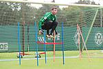 13.09.2017, Trainingsgelaende, Bremen, GER, 1.FBL, Training SV Werder Bremen<br /> <br /> im Bild<br /> Jiri Pavlenka (Werder Bremen #1), <br /> <br /> Foto &copy; nordphoto / Ewert