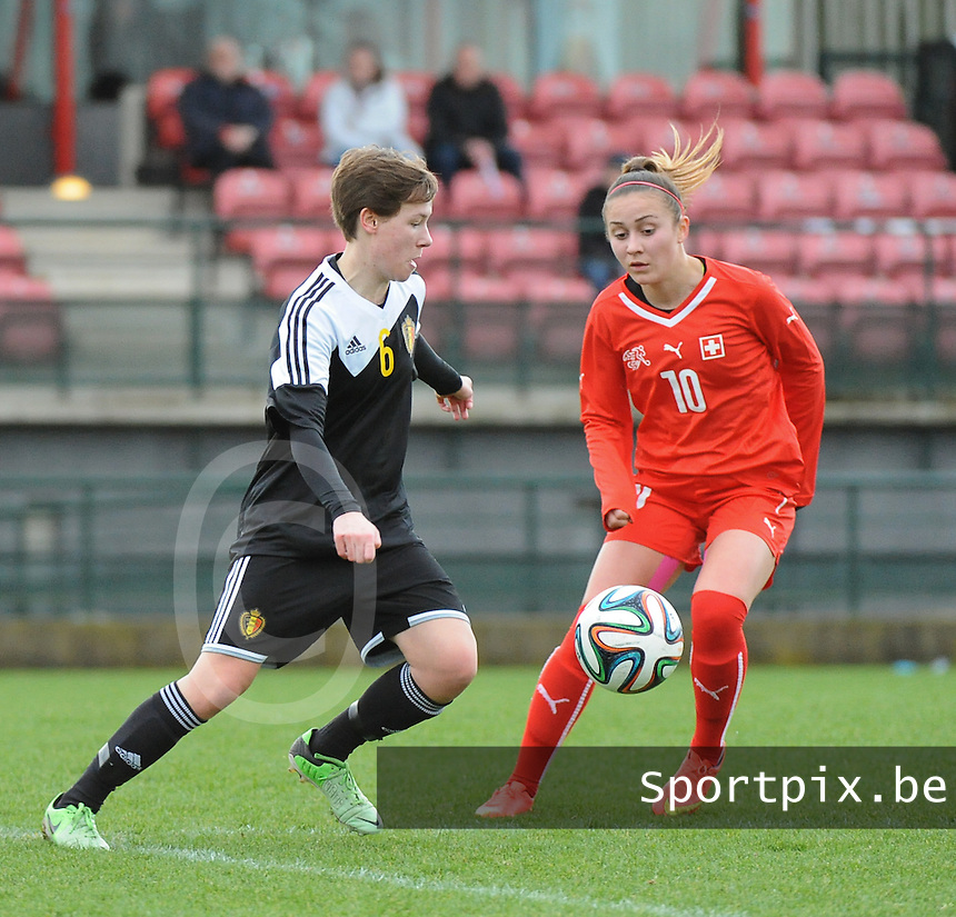 20160211 - TUBIZE , BELGIUM : Belgian Yentl De Coster (L) and Switzerland's Lara Marti (R) pictured during the friendly female soccer match between Women under 17 teams of  Belgium and Switzerland , in Tubize , Belgium . Thursday 11th February 2016 . PHOTO SPORTPIX.BE DIRK VUYLSTEKE