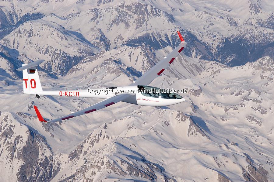 Segelflugzeug, Segelflug, DG800B, DG 800 B, Seealpen, Frankreich, Luftsport, Motorsegler, Eigenstarter,