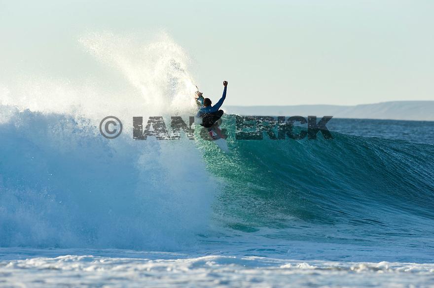 Ry Craike (AUS) at Jake Pt in Kalbarri in Western Australia.
