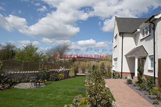 Cardiff Blues players Ellis Jenkins and Josh Navidi visiting Redrow Homes St David&rsquo;s Meadow in Colwinston.<br /> 23.04.16<br /> &copy;Steve Pope - Fotowales