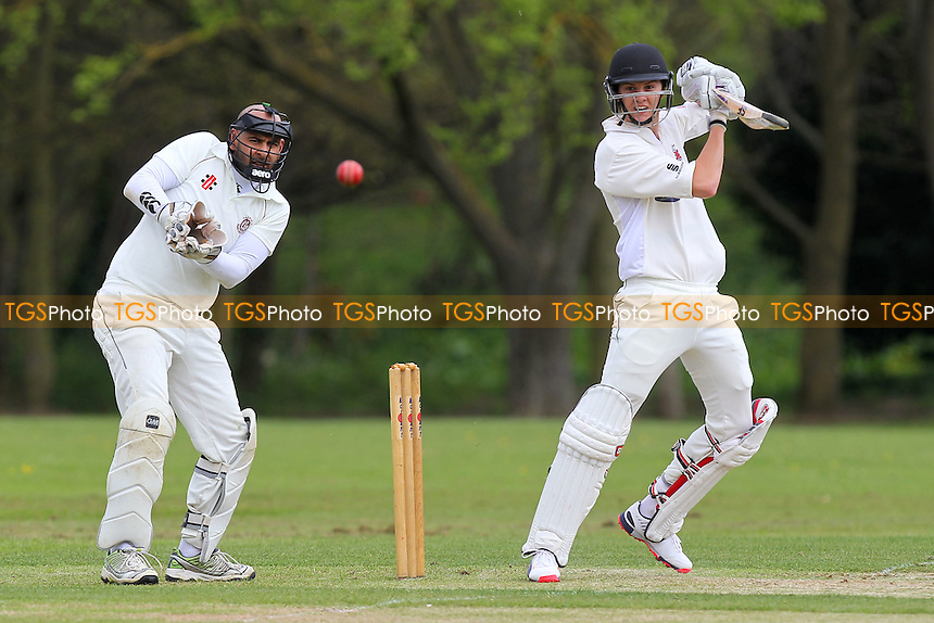 Billy Gordon in batting action for Hornchurch - Hornchurch CC vs Oakfield Parkonians CC - Essex Cricket League Cup at Harrow Lodge - 25/04/15 - MANDATORY CREDIT: Gavin Ellis/TGSPHOTO - Self billing applies where appropriate - 0845 094 6026 - contact@tgsphoto.co.uk - NO UNPAID USE