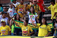 NEIVA-COLOMBIA-04-08-2018: Hinchas de Atlético Huila, animan a su equipo durante partido entre Atlético Huila y Rionegro Águilas Doradas, de la fecha 3 por la Liga Águila II 2018  en el estadio Guillermo Plazas Alcid de Neiva. / Fans of Atletico Huila, cheer for their team, during a match between Atletico Huila y Rionegro Aguilas Doradas, of the 3rd date for the Liga Aguila II 2018 at the Guillermo Plazas Alcid Stadium in Neiva city. Photo: VizzorImage  / Sergio Reyes / Cont.