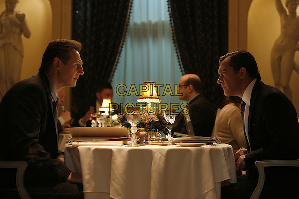 LIAM NEESON & ANTONIO BANDERAS.in The Other Man.*Filmstill - Editorial Use Only*.CAP/FB.Supplied by Capital Pictures.