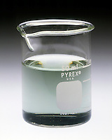 pH INDICATOR: BROMOTHYMOL BLUE W/VARIOUS SOLUTIONS<br /> (4 of 4) Ammonium acetate solution<br /> Bromothymol blue is added to a solution of ammonium acetate (NH4CH3COO). pH is about 7. Indicator turns blue-green.