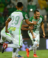 MEDELLÍN - COLOMBIA - 29 - 03 - 2017: Alejandro Bernal, jugador de Atletico Nacional celebra el gol anotado a Independiente Santa Fe, durante partido aplazado de la fecha 1, entre Atletico Nacional y el Independiente Santa Fe, por la Liga Águila I 2017, jugado en el estadio Atanasio Girardot de la ciudad de Medellín. / Alejandro Bernal, player of Atletico Nacional, celebrates a goal scored to Independiente Santa Fe, during a match of the date 1 between Atletico Nacional and Deportivo Independiente Medellin for the Aguila League I 2017, played at Atanasio Girardot stadium in Medellin city. Photo: VizzorImage / León Monsalve / Cont.