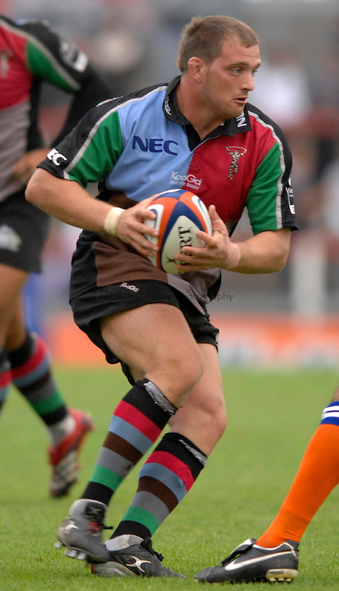 Photo: Richard Lane..Llanelli Scarlets v NEC Harlequins. EDF Anglo-Welsh Cup. 01/10/2006. .Quins' Aston Croall.