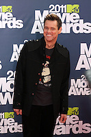 LOS ANGELES - JUN 5:  Jim Carrey arriving at the the 2011 MTV Movie Awards at Gibson Ampitheatre on June 5, 2011 in Los Angeles, CA