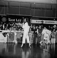 Celine Dion a des debuts en 1981-82<br /> spectacle dans un centre commercial.<br /> <br /> PHOTO :  Agence Quebec Presse