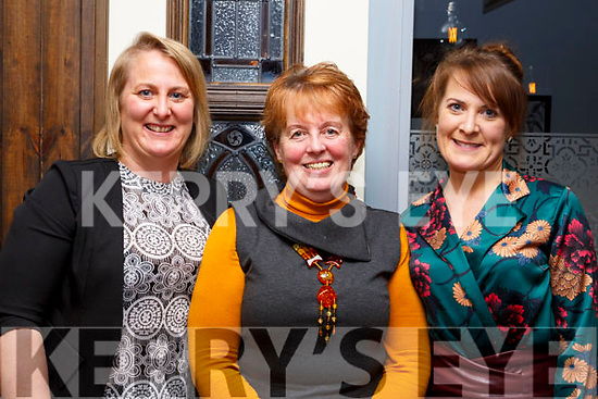 Kay O'Leary been treated to Womens Little Christmas celebration by her daughters in the Croi Restaurant on Saturday night l-r, Erin Lyons, Kay O'Leary and Caitriona Lyons.