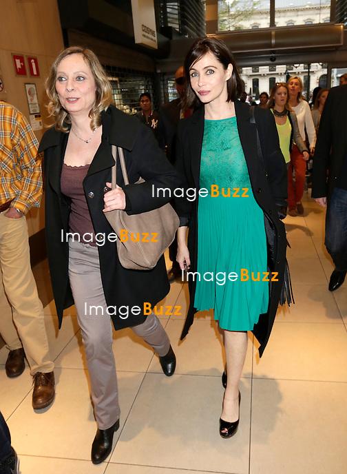 Exclusif : Emmanuelle B&eacute;art assiste &agrave; l'avant-premi&egrave;re du film &quot; Les yeux jaunes des crocodiles &quot; &agrave; l' UGC Toison d'Or, &agrave; Bruxelles.<br /> Belgique, Bruxelles, 7 avril 2014.