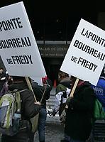 Manif devant le PaLAIS de Justice,  Fevrier 2010<br /> <br /> PHOTO :  AGENCE QUEBEC PRESSE