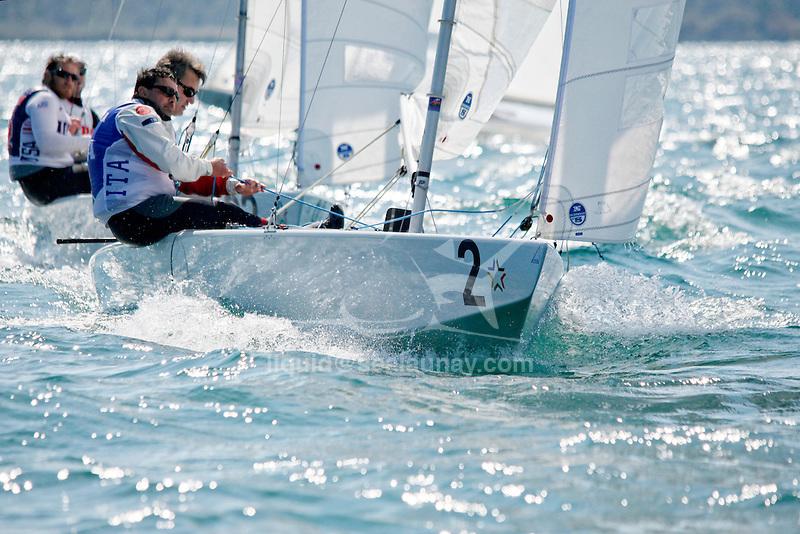 Bow n: 2, Skipper: Xavier Rohart, Crew: Stefanano Lillia, Sail n: FRA 8237