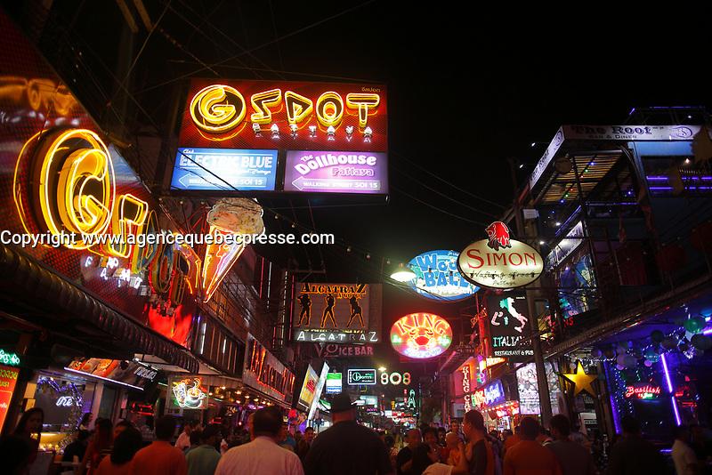 walking street<br />  in Pattaya, Thailand