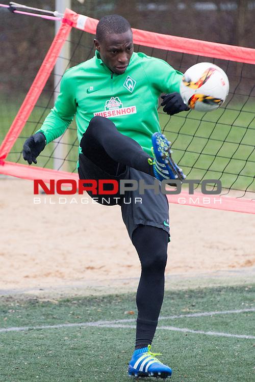 25.03.2016, Trainingsgelaende, Bremen, GER, 1.FBL, Training Werder Bremen<br /> <br /> im Bild<br /> Anthony Ujah (Bremen #21), <br /> <br /> Foto &copy; nordphoto / Ewert