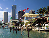 USA, Florida, Miami, Bayside shopping-mall | USA, Florida, Miami, Bayside shopping-mall