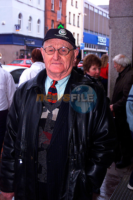 Voxpop John Kerr 15/03/02..Pic Tony Campbell/Newsfile