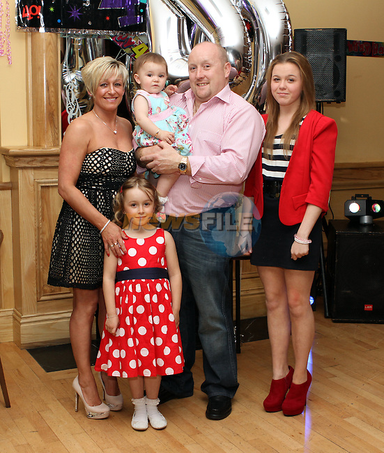 Dave Farrell with his wife Dawn and his daughters Nicole, Emma and Katie at his 40th in The Thatch...(Photo Jenny Matthews/www.golffile.ie)
