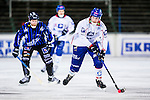 Uppsala 2013-11-20 Bandy Elitserien IK Sirius - Edsbyns IF :  <br /> Edsbyn Simon Jansson i aktion <br /> (Foto: Kenta J&ouml;nsson) Nyckelord: