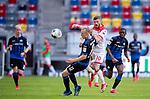 nph00351: Fussball, 1. Bundesliga, Saison 19/20, 26. Spieltag, Fortuna Düsseldorf - FC Paderborn 07, 16.05.2020:<br /> Sebastian Schonlau (SCP), Valon Berisha (F95)<br />  <br /> <br /> Nur für journalistische Zwecke! Only for editorial use!<br /> <br /> Gemäß den Vorgaben der DFL Deutsche Fußball Liga ist es untersagt, in dem Stadion und/oder vom Spiel angefertigte Fotoaufnahmen in Form von Sequenzbildern und/oder videoähnlichen Fotostrecken zu verwerten bzw. verwerten zu lassen. DFL regulations prohibit any use of photographs as image sequences and/or quasi-video. <br /> <br /> Foto: Moritz Müller/Pool / via Meuter/nordphoto