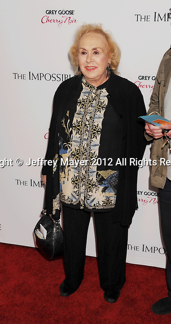 HOLLYWOOD, CA - DECEMBER 10: Doris Roberts arrives at the 'The Impossible' - Los Angeles Premiere at ArcLight Cinemas Cinerama Dome on December 10, 2012 in Hollywood, California.