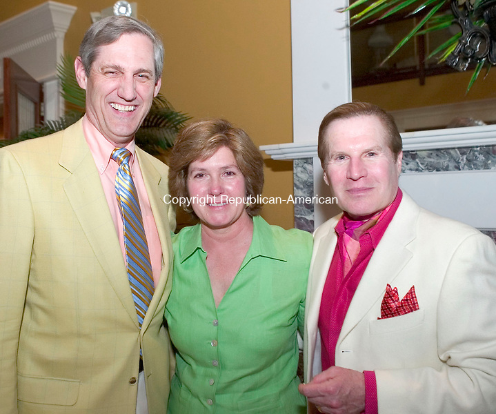 WATERBURY, CT- 27 APRIL 2008- 042708JT19-<br /> From left, Andrew Skipp with Jill Stevenson and honorary gala committee chairman DeBare Saunders during the Waterbury Symphony Orchestra's annual spring gala, &quot;We're Havin' a Heat Wave,&quot; on Friday, April 25 at the Villa Rosa in Waterbury. The event featured dinner, silent and live auctions, and live entertainment.<br /> Josalee Thrift / Republican-American