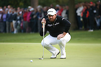 Shane Lowry (IRL) with a birdie chance on the last  during the Final Round of the British Masters 2015 supported by SkySports played on the Marquess Course at Woburn Golf Club, Little Brickhill, Milton Keynes, England.  11/10/2015. Picture: Golffile | David Lloyd<br /> <br /> All photos usage must carry mandatory copyright credit (© Golffile | David Lloyd)