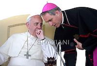 Monsignor Georg Ganswein .Papa Francesco Incontro con le scuole italiane. Piazza San Pietro Vaticano. 10 maggio 2014