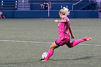 Rochester, NY - Saturday Aug. 27, 2016: Abigail Dahlkemper during a regular season National Women's Soccer League (NWSL) match between the Western New York Flash and the Houston Dash at Rochester Rhinos Stadium.