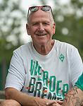 05.01.2019, Trainingsgelaende Randburg Football Club, Johannesburg, RSA, TL Werder Bremen Johannesburg Tag 03<br /> <br /> im Bild / picture shows <br /> <br /> Jochen Steinert (li) (71) aus Walsrode bei Verden  Jahre lebt seit 45 Jahren in Johannesburg und kommt jaehrlich nach Deutschland um Spiele desd SV Werder Bremen zu besuchen - <br /> <br /> Foto © nordphoto / Kokenge