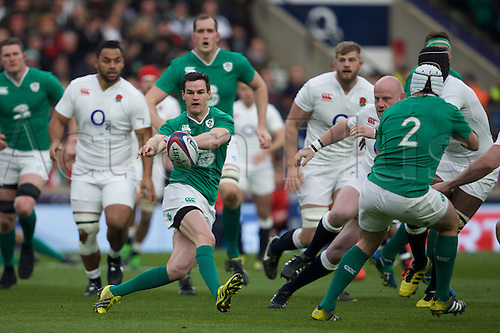 27.02.2016. Twickenham, London, England. RBS Six Nations Championships. England versus Ireland. Ireland fly-half Jonathan Sexton passes the ball.