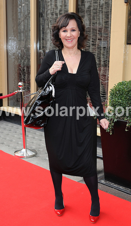 **ALL ROUND PICTURES FROM SOLARPIX.COM**.**WORLDWIDE SYNDICATION RIGHTS**.Outside Red Carpet Arrivals for the Tesco mum of the year awards, held at the Waldorf Hilton Hotel, London, UK. 1 March 2009..This pic: Arlene Philips..JOB REF: 8569 BTT      DATE: 01_03_2009.**MUST CREDIT SOLARPIX.COM OR DOUBLE FEE WILL BE CHARGED**.**ONLINE USAGE FEE  GBP 50.00 PER PICTURE - NOTIFICATION OF USAGE TO PHOTO @ SOLARPIX.COM**