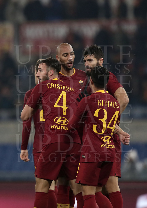 Football, Serie A: AS Roma - Genoa, Olympic stadium, Rome, December 16, 2018. <br /> Roma's Bryan Cristante (l) celebrates after scoring with his teammates during the Italian Serie A football match between Roma and Genoa at Rome's Olympic stadium, on December 16, 2018.<br /> UPDATE IMAGES PRESS/Isabella Bonotto
