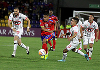 PASTO-COLOMBIA, 26-02-2020: Feiver Mercado de Deportivo Pasto (COL) y Diego Oryazun, Juan Cordova de Club Deportivo Huachipato (CHL) disputan el balon, durante partido de vuelta entre Deportivo Pasto (COL) y Club Deportivo Huachipato (CHL) por la Copa Conmebol Sudamericana 2020 jugado en el estadio Departamental Libertad de la ciudad de Pasto. / Feiver Mercado of Deportivo Pasto (COL) and Diego Oryazun, Juan Cordova of Club Deportivo Huachipato (CHL) figth for the ball, during a match of the second leg between Deportivo Pasto (COL) and Club Deportivo Huachipato (CHL) for the Conmebol Sudamaricana Cup 2020 played at the Departamental Libertad Stadium in Pasto city. / Photo: VizzorImage / Leonardo Castro / Cont.