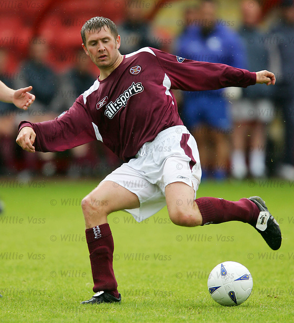 Dennis Wyness, Hearts.stock season 2004-2005.pic willie vass