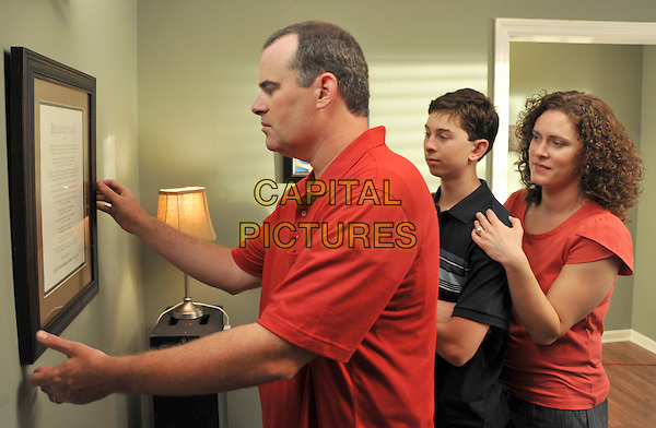 ALEX KENDRICK, RUSTY MARTIN JR. & RENEE JEWELL.in Courageous.*Filmstill - Editorial Use Only*.CAP/FB.Supplied by Capital Pictures.